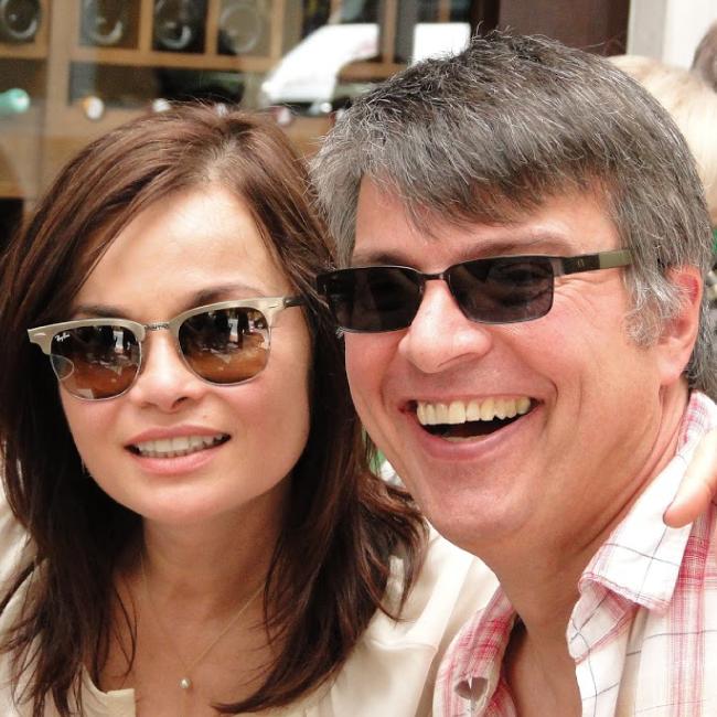 André Vasconcelos e Ana Lubi celebram a amizade no Emporium Jazz